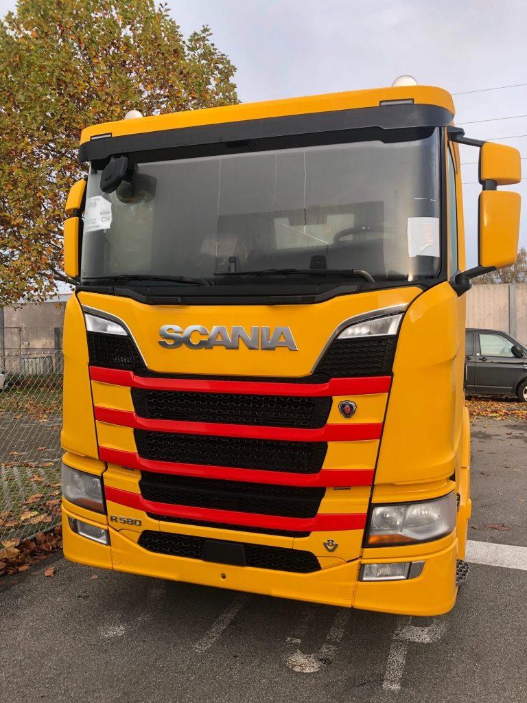 Küttel_Scania_R_580_V8_1